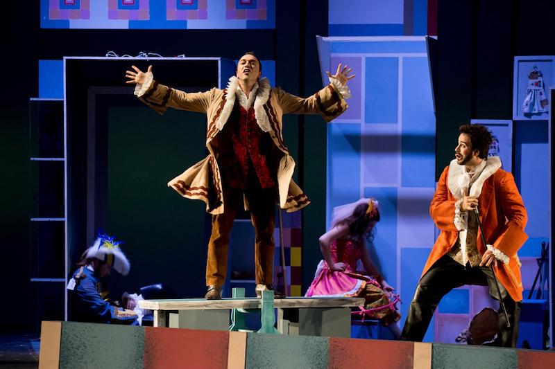 gallery-on-stage-christos-kechris-ronsis-kori-kataigidas-sakellaridis-opereta-voice